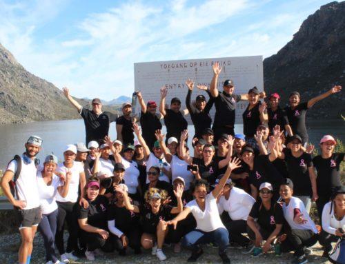Graaff Packaging staff members hike to Koekedouw Dam in aid of cancer awareness